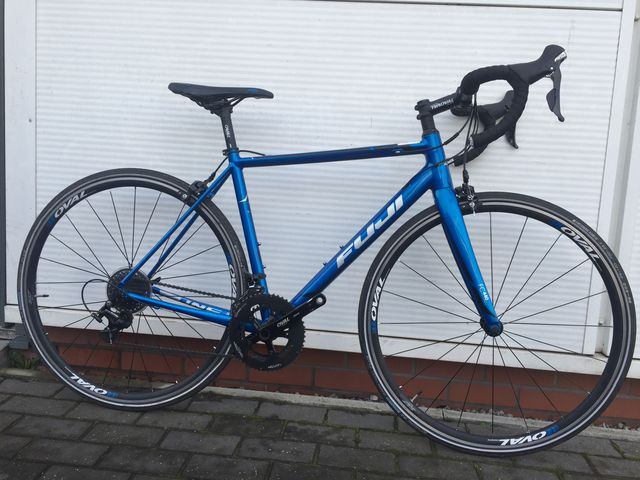 FUJI ROUBAIX 1.3 Road Bike 2017 Size 54cm click to zoom image