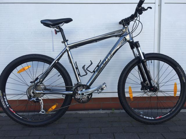 SCOTT ASPECT 10 MOUNTAIN BIKE SIZE LARGE click to zoom image